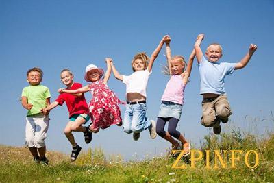 75% школьников сможет отдохнуть  в оздоровительных лагерях области