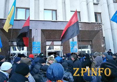 Активисты возмущены действиями бывших оппозиционеров