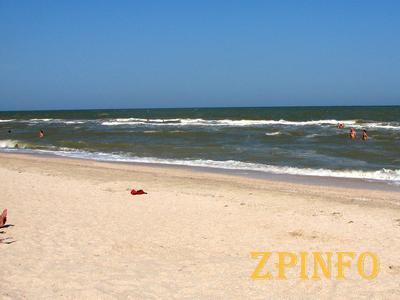 Азовское побережье готово встречать отдыхающих