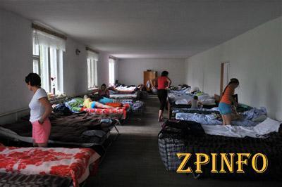 Беженцам уже готовят помещения на осенне-зимний период