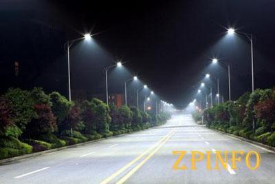 Более сотни улиц Запорожья оборудуют современной системой внешнего освещения