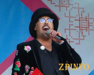 Дима Коляденко споет в караоке с запорожцами