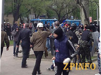 Донецкий митинг за единство Украины закончился кровавой дракой