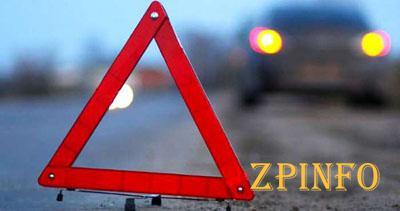 ДТП в Бердянске: легковушка врезалась в грузовик