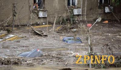 Количество жертв наводнения в Грузии достигло 19 человек (Видео)
