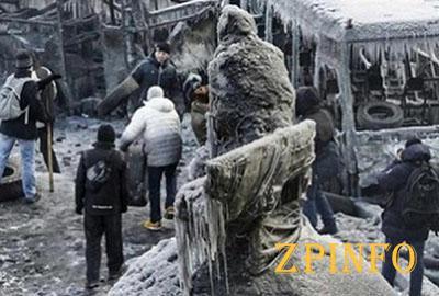"""""""Ледниковый период"""" на Грушевского"""