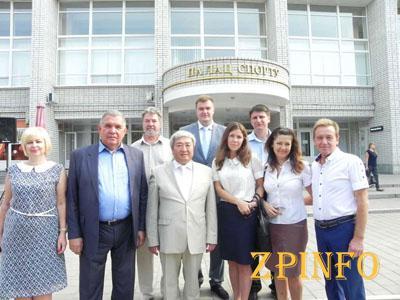 На День знаний мэр Запорожья поехал в КПУ и импровизировал