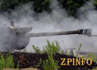 На Донбассе опять слышны взрывы и залпы тяжелых орудий
