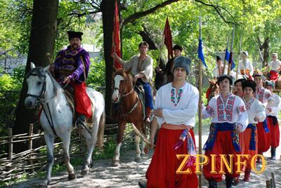 На Запорожской книжной толоке гостей будут встречать казаки