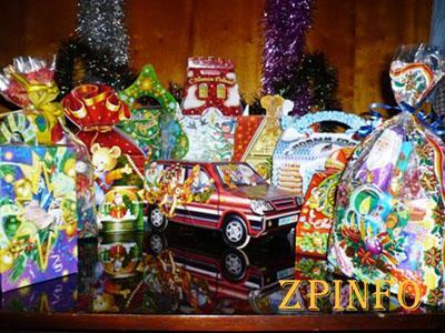 Около 2,5 тысяч запорожских детей получат сладкие подарки