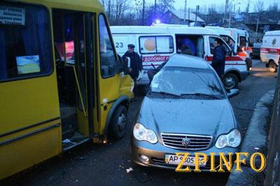 Стали известны подробности ДТП с маршруткой в Запорожье