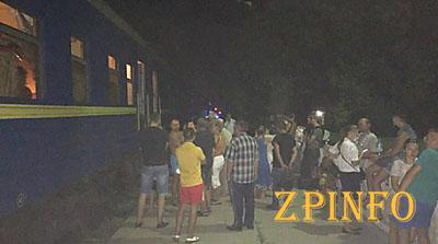 Поезд из Одессы в Запорожье остановили из-за сообщения о минировании