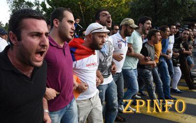 После митинга в Армении задержали 237 человек (Видео)