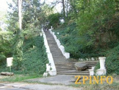 Реконструкция Хортицкой лестницы была завершена (Видео)