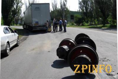 Счастливая случайность в Мелитополе, ни одно авто не пострадало
