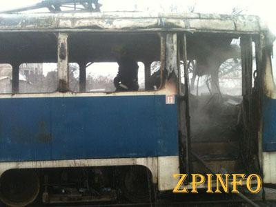 Сегодня утром в Запорожье горел трамвай