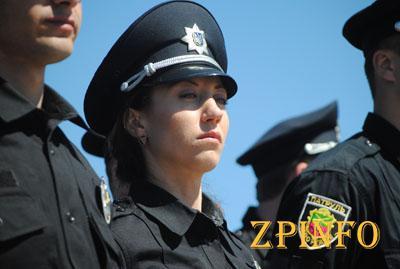 Служить полицейскими в Запорожье хотят почти 1400 человек