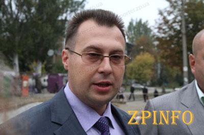 Свиркин проверил ход выполнения ремонтов тратуаров