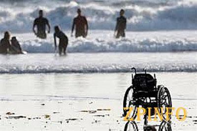 В Бердянске обустроят пляжи для инвалидов