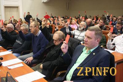 В Запорожье 3,5 часа выбирали Общественный совет при мэрии