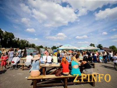 В Запорожье фестиваль уличной еды продлился два дня