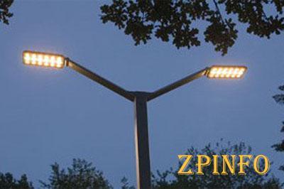 В Запорожье меняют уличные фонари