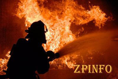 В Запорожье мужчина не мог выбраться из горящего дома