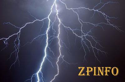 В Запорожье мужчина погиб от удара молнией