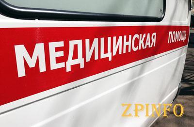 В Запорожье на пешеходном переходе сбили девушку с ребенком