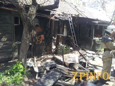 В Запорожье на пожаре пострадал 56-летний мужчина