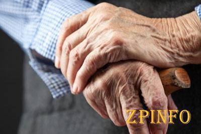В Запорожье напали на пенсионера