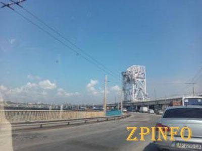 В Запорожье обновят дорогу на плотине ДнепроГЭСа