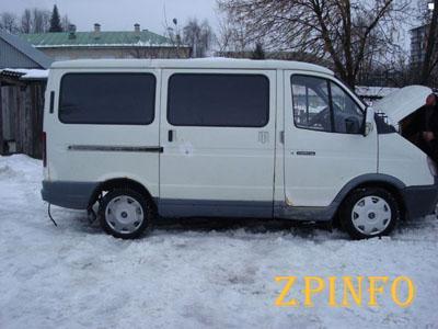 В Запорожье обокрали микроавтобус