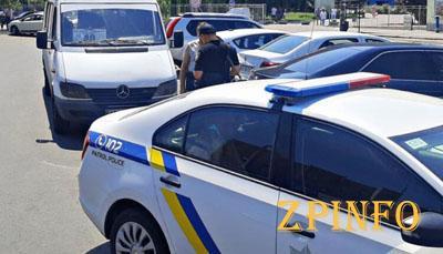 В Запорожье оштрафовали 2 водителей маршруток