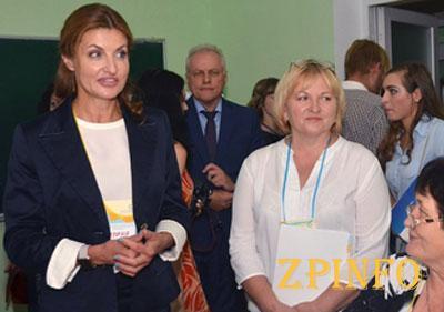 В Запорожье побывала первая леди страны Марина Порошенко
