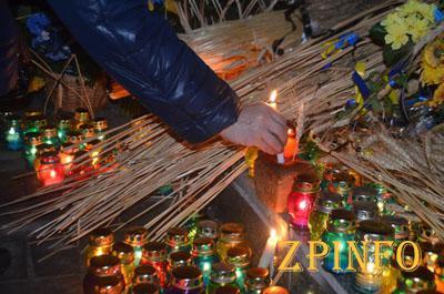 В Запорожье почтили память жертв Голодомора