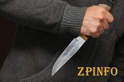 В Запорожье посетитель кафе ударил ножом человека
