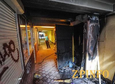 В Запорожье произошел пожар в пешеходном переходе на улице Сталеваров