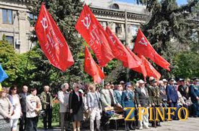 В Запорожье прошли торжественные митинги ко Дню Победы
