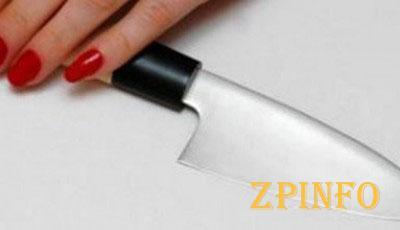 В Запорожье ударили ножом 20-летнего парня