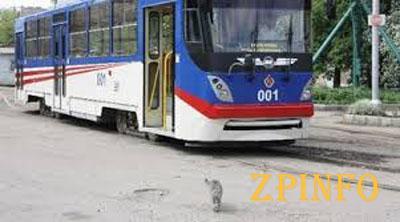 В Запорожье в трамвае горожане будут слушать классическую музыку