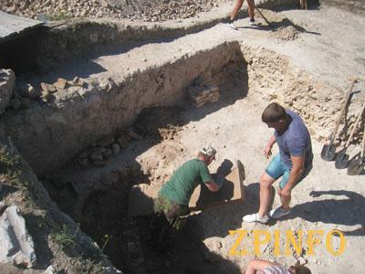 В запорожском замке археологи нашли новые артефакты