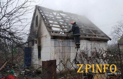 В Запорожской области горела дача