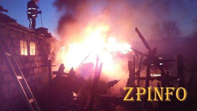 В Запорожской области горели хозпостройки