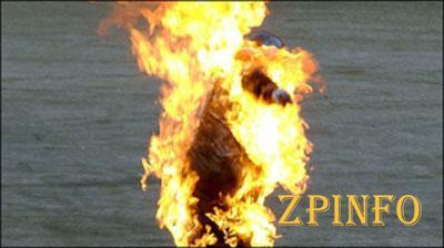 В Запорожской области мужчина облил соседа бензином и поджег