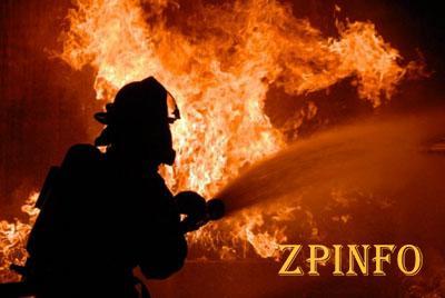 В Запорожской области загорелась СТО