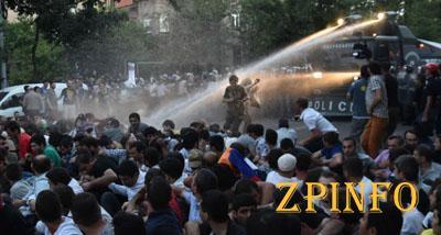 Полиция готова к повторному силовому разгону протестов в Армении (Видео)
