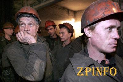 Всех горняков обесточенной шахты боевики вывели на поверхность (Видео)