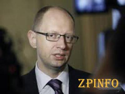Яценюк на месте оценит ситуацию на Востоке страны