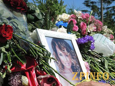 Вчера в Москве прошли похороны Жанны Фриске (Видео)